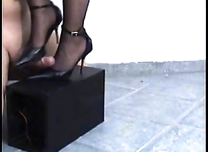 carie Mr Big brass does footjob to footslave and he orgasms on me
