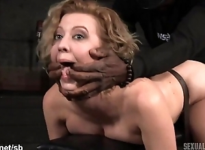 Atrocious doggystyle banging be beneficial to hot slave while she gives wet deepthroating