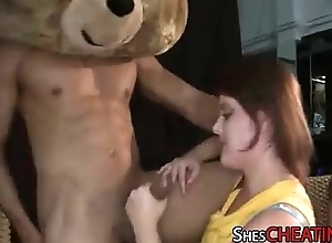 Dancing-Bear With BigDick Gets Oral-Sex At Bachelorette Band