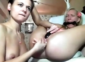 Lesbians tied up anal - camgirls720.com