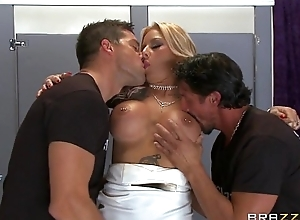 Brazzers - Britney Shannon get double unobscured away from security