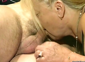 Two granny get fucked in foursome sham