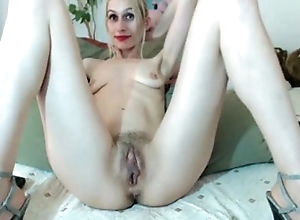Mature with reference to big pussy lips. My X-mas reside webcam show: 4xcams.com