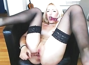 Blonde Naked exposed to loveforcams.com